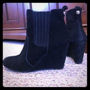 BCBG Suede Black Wedges Ankle Boots 8.5 B